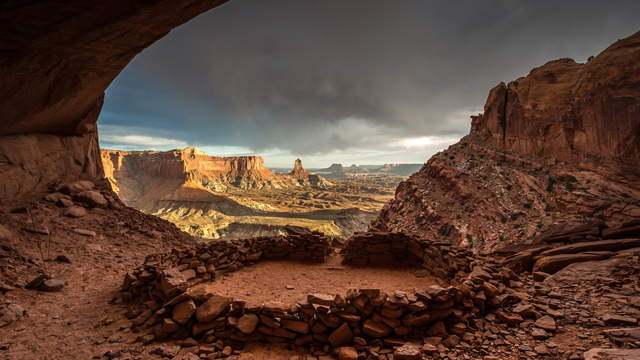 Canyonlands National Park - False Kiva - Sunset