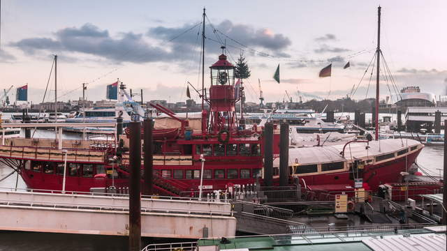 Port of Hamburg Hyperlapse from day to night