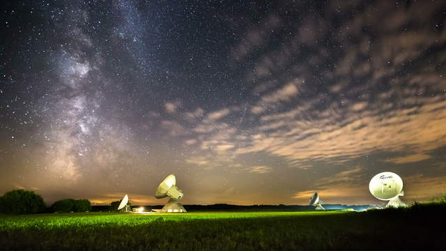 Milky Way Time-Lapse with Satellite Dishes