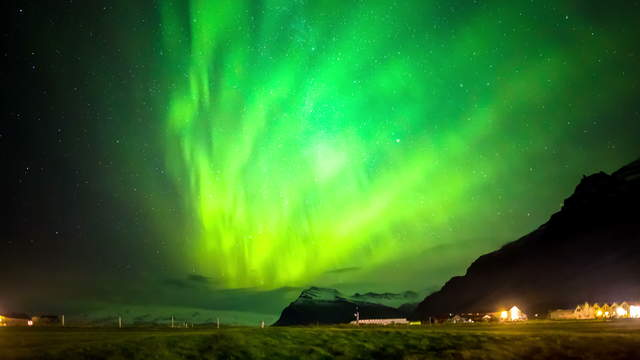Northern Lights Iceland 4K