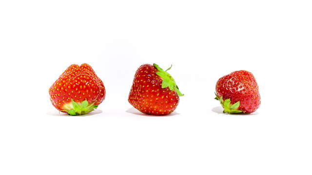 3 Strawberries 4K Footage