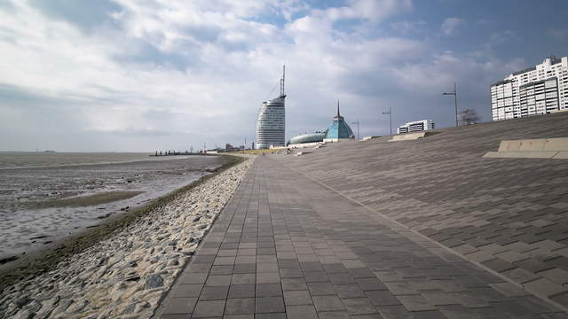 6K, 4K Hyperlapse Bremerhaven Day-Night