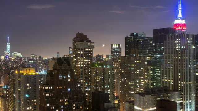 Time lapse clip - Manhattan at Night